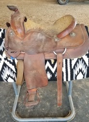 "East Texas State University Saddle 15.5"" Seat"